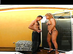 Seductive shemale in bikini widening guy