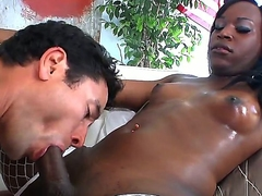 Hardcore and really crazy tranny fuck with Gabriel A and Genesis