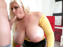 Tiffany Blake with big butt knows no limits when it comes to taking cum shot on her face
